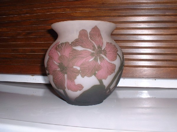 Signed Arsall pottery sold $800